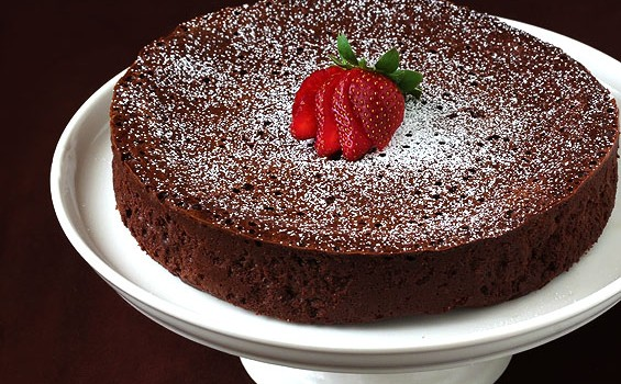 Κέικ σοκολάτας νηστίσιμο «Πιπόν»