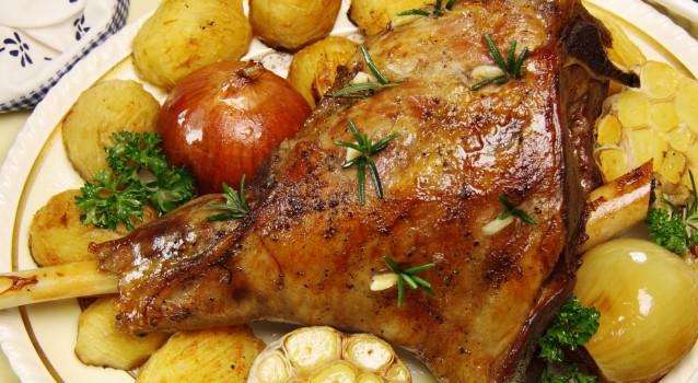 Αρνί με σαφράν και πατάτες