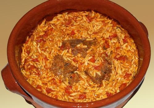Μοσχάρι γιουβέτσι με κριθαράκι στο φούρνο