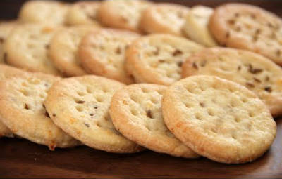 sweet_and_salt_biscuit