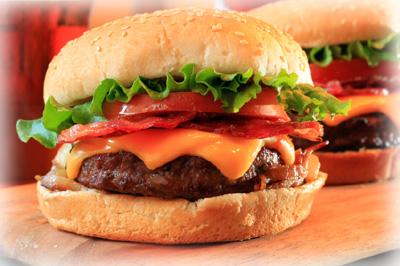 Αυθεντικό σπιτικό Hamburger [χάμπουργκερ] με τυρί