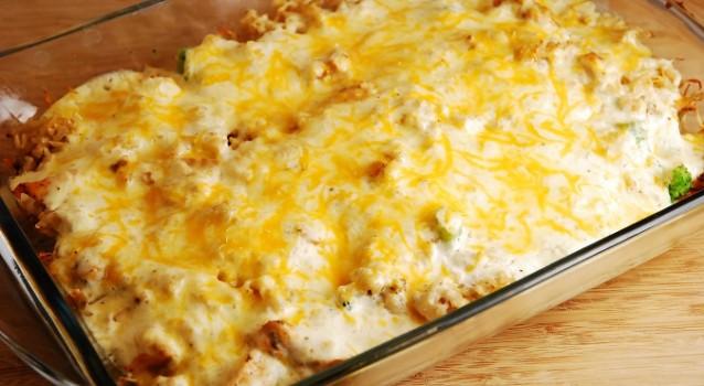 Κοτόπουλο σουφλέ με μανιτάρια, μπέικον και τυριά