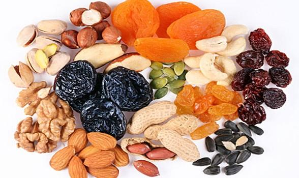 Τα πολλαπλά οφέλη των αποξηραμένων φρούτων και ξηρών καρπών