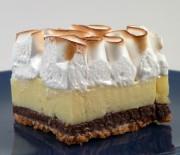 Lemon pie με σαντιγί σε διπλή στρώση μπισκότων digestive & oreo