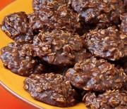 """Σοκολατένια cookies με Quaker διαίτης με γλυκαντικό """"onstevia"""""""