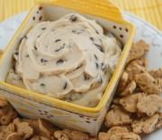 Γλυκό dip με cream cheese και σταγόνες σοκολάτας