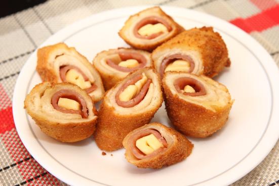ψωμί του τοστ ψωμί φούρνος τυρί τσένταρ τηγάνι συνταγές ορεκτικά μεζέδες ζαμπόν αβγό