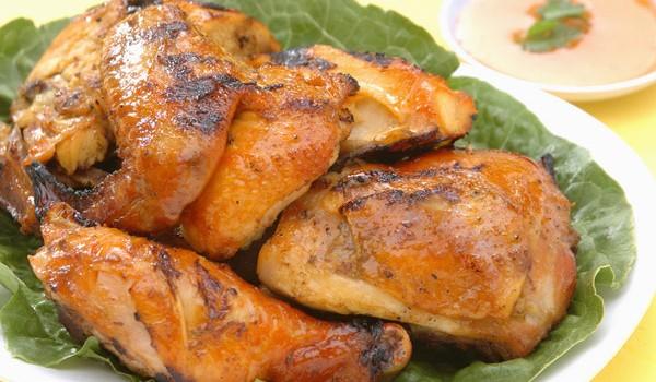Κοτόπουλο στη σχάρα με BBQ σάλτσα μουστάρδας