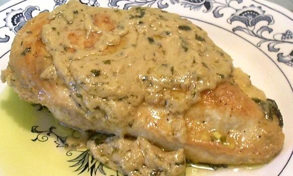 Φιλέτα κοτόπουλου με σάλτσα μαγιονέζας-μουστάρδας