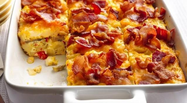 Ομελέτα φούρνου, με πατάτες, τυριά και μπέικον