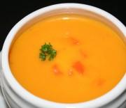 """Πανεύκολη καροτόσουπα΄βελουτέ"""" με πορτοκάλι"""