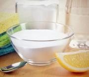Πως να καθαρίσετε ΟΛΟΥΣ τους λεκέδες με ένα πανίσχυρο καθαριστικό