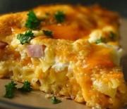 Πίτα με Μακαρονάκι κοφτό, ζαμπόν και τυρί τσένταρ