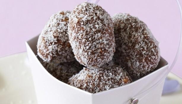 Τρούφες σοκολάτας με ινδοκάρυδο με 5 μόνο υλικά