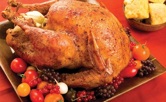 Η τέλεια παραδοσιακή γέμιση γαλοπούλας ή κοτόπουλου