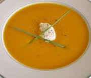 Κολοκυθόσουπα βελουτέ με κίτρινη κολοκύθα