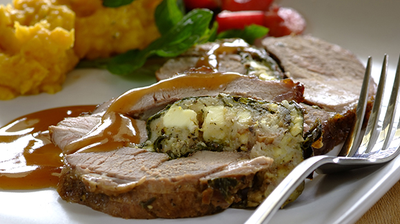 Spinach and feta stuffed leg of lamb_30_1.1.1845_326X580