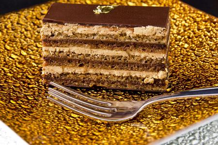 Τούρτα με μπισκότα, κρέμα κάσταρντ & γκανάς σοκολάτας