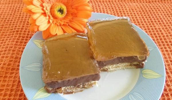 Σοκολατένιο μπισκοτογλυκό με ζελέ πορτοκάλι