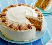 Κέϊκ καρότου με επικάλυψη κρέμας τυριού