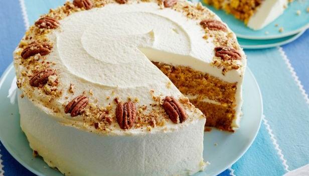 Κέικ καρότου με επικάλυψη κρέμας τυριού