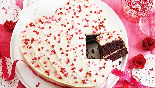 Κέικ καρδιά κόκκινο βελούδο