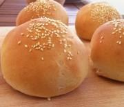 Ψωμάκια σπιτικά για χάμπουργκερ