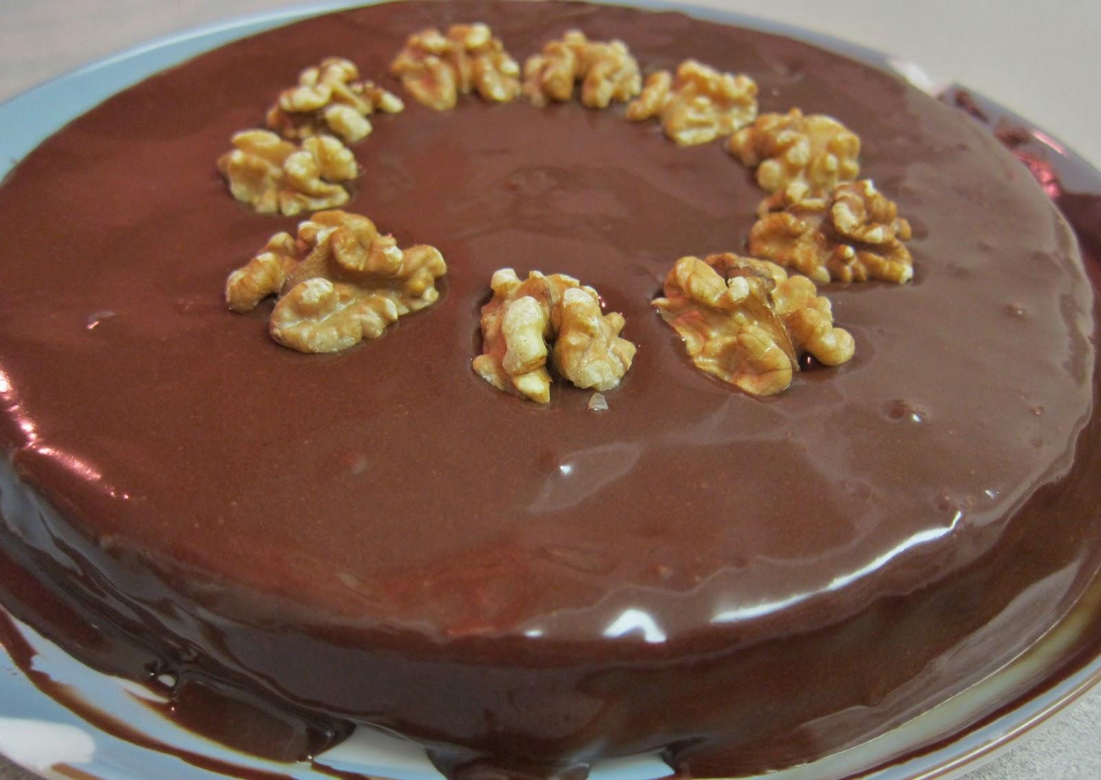φούρνου συνταγές Καρυδόπιτα επιδόρπια γλυκά με σοκολάτα γλυκά γλάσο σοκολάτας
