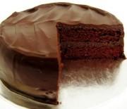 Κέικ σοκολάτας με γιαούρτι και σοκολατένιο γλάσο