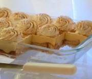Ανάλαφρο γλυκό ψυγείου με φρυγανιές