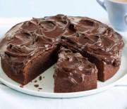 Σοκολατένιο κέικ με άρωμα καφέ και Ganache κουβερτούρας