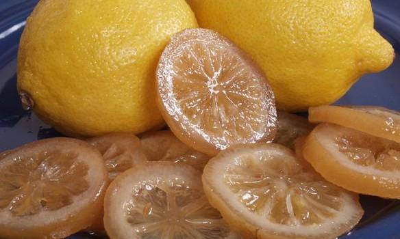 Ζαχαρωμένες φέτες λεμονιού