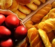 Πασχαλινά κουλουράκια με άρωμα πορτοκαλιού