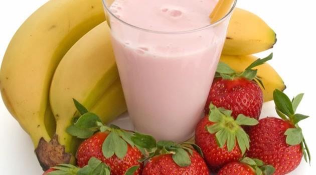 Smoothie με φράουλες και μπανάνα