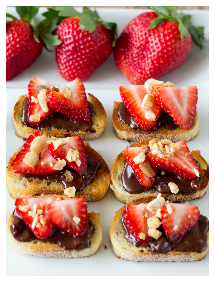 strawberry-and-chocolate-bruschetta