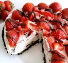 Τάρτα ψυγείου με βάση oreo κρέμα τυριού και φράουλες