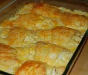 Κρουασάν με γέμιση κοτόπουλου σε κρεμώδη σάλτσα