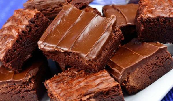 Κέικ σοκολάτας με κουβερτούρα