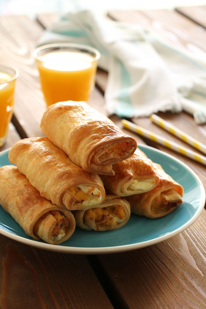 Egg-bacon-cream-cheese-rolls-3