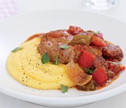 Χοιρινό κοκκινιστό με πιπεριές