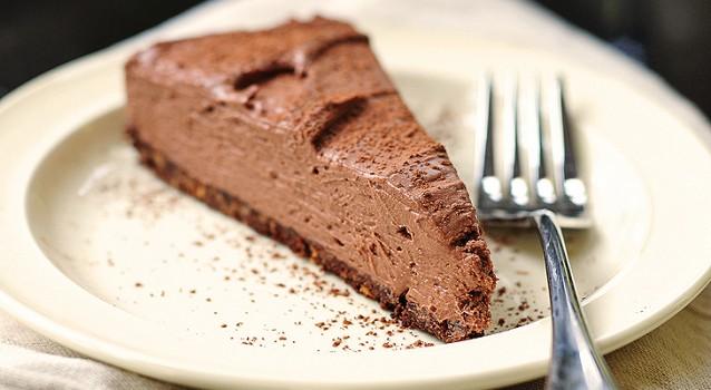 Πανεύκολο Cheesecake σοκολάτας χωρίς ψήσιμο