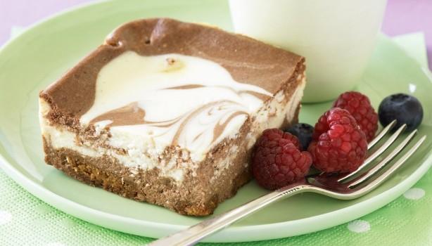 Υπέροχο κυματιστό και κρεμώδες σοκολατένιο cheesecake