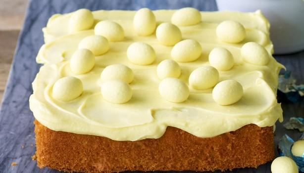 Κέϊκ πορτοκάλι με γκανάς λευκής σοκολάτας