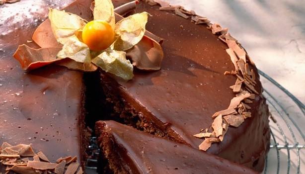 Σοκολατίνα με γέμιση και επικάλυψη σοκολάτας