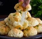 Σκορδάτα μπομπάκια με τυρί (Video)