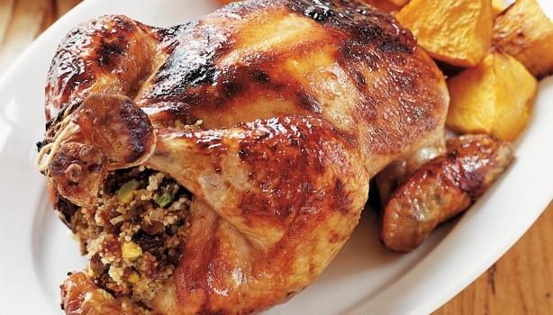 Κοτόπουλο με γέμιση κουσκούς