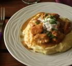 Πικάντικο κοτόπουλο με σάλτσα γιαουρτιού