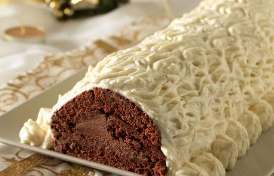 Κορμός με σοκολατένια κρέμα κάστανου και επικάλυψη λευκής σοκολάτας