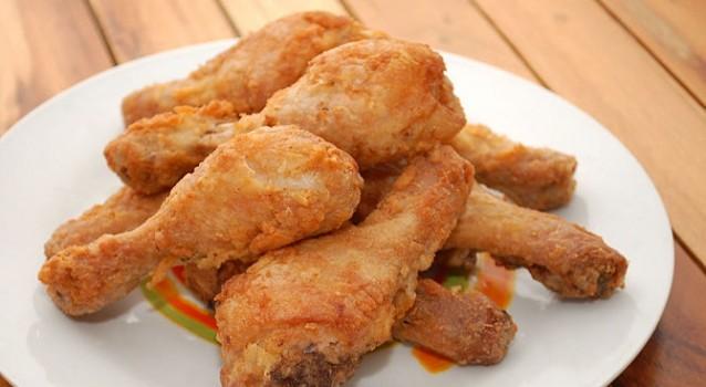 Κοτόπουλο πανέ με πάπρικα και κάρυ