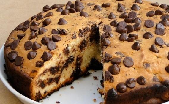 Κέικ βανίλιας με σταγόνες σοκολάτας